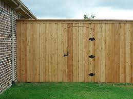 8 Foot Unstained Cedar Board On Board Fence With Electric Gate Frisco Fence Llc