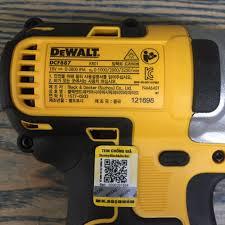 Máy vặn vít dùng pin 18V không chổi than Dewalt DCF887 (Kèm 1 sạc và 1 pin  18V/2.0AH)