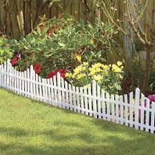 Awesome Diy Garden Fence Ideas That Anyone Can Do So You Can Feel Inspired To Make Your Own Interes Small Garden Fence Picket Fence Garden Picket Fence Panels