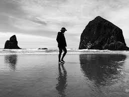 ورق الجدران رجل وحده حزين الشاطئ وزن الجسم Hd عريضة