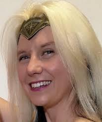 Colwyn Bay 'Wander Woman' completes unusual Christmas mission | North Wales  Pioneer