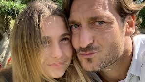 Totti e Ilary Blasi dopo la foto della figlia 13enne, arriva la ...
