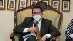 Mario Ponce denuncia espionaje del Ejecutivo a diputados