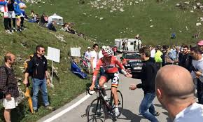 Australian cyclist Adam Hansen swaps water for beer in Tour of Turkey race  | Daily Mail Online