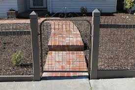 Customised Woven Emu Wire Fencing Melbourne Paramount Pickets Picket Fences