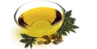 Castor Oil- A Wonderful Remedy For Dandruff Free Scalp