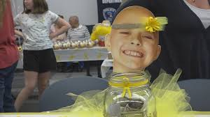 Rockford police hold fundraiser for local girl with cancer