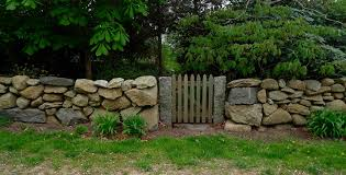 The Art Of The Dry Stack Stone Wall Insteading