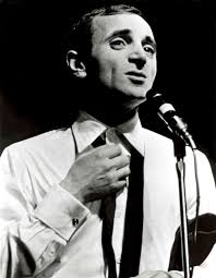 Addio all'istrione Charles Aznavour, re degli chansonnier francesi ...