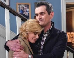 TV tonight: 'Modern Family' bids ...
