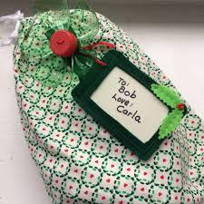 make a reusable gift and bow