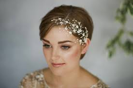 hair accessories with short hair
