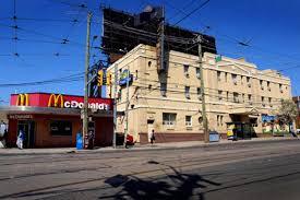 Howard Johnson Inn (Roncesvalles) - blogTO - Toronto