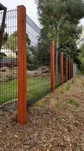 Dog Fences Indoor With Door Dog Fences Outdoor With Gate Dogmom Dogloversofinstagram Dogfence Backyard Fences Backyard Fence Decor Fence Landscaping