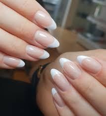 French Nails Paznokcie