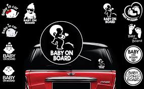 Amazon Com Totomo Baby On Board Sticker Set Of 2 Funny Cute Cool Safety Caution Decal Sign For Car Windows And Bumpers Peeing Boy Ali 035 Automotive