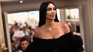 kim kardashian reschedules makeup cl