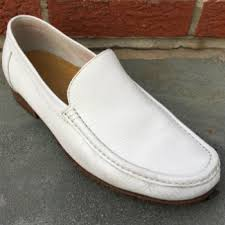 how to clean white shoes best