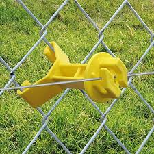 Patriot Electric Fencing Chain Link Insulator Yellow 25 Pk Import It All