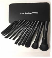 mac makeup brush set for hotel rs 99