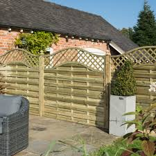 Rowlinson 6 X 5 Horizontal Weave Fence Panel With Wavy Trellis