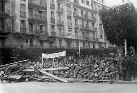 """Résultat de recherche d'images pour """"barricade abandonnée"""""""""""