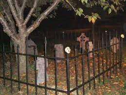 Diy Halloween Project Building A Cemetery Fence For Your Yard Hankerin For Horror