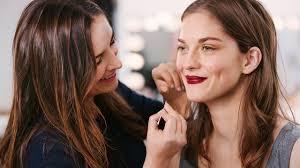 bee a certified makeup artist