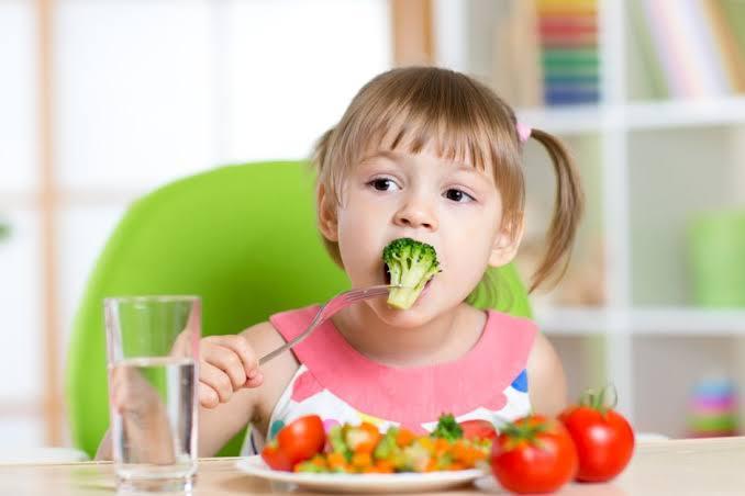 """Image result for Recomendaciones para la alimentación de niños 2019"""""""