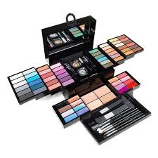professional makeup kit at rs 700 kit