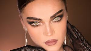 cat eye make up without tape or surgery