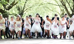 Meet the Thornton Heath couple who ran through London in a wedding dress  and suit - Croydon Advertiser