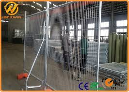 Hot Dipped Galvanized Powder Coated Road Safety Fence Temporary Barrier Fence