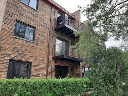 Ivy Green Condominiums - Mount Prospect, IL | Zillow