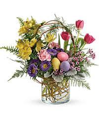 pop of springtime bouquet in decorah ia