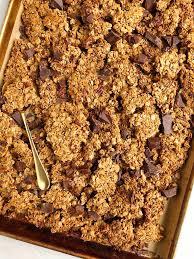 dark chocolate granola with cers