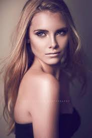 caitlyn dixon makeup artist on modelisto