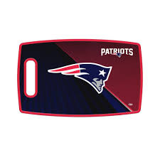 The Sports Vault New England Patriots Large Plastic Cutting Board Lbnfl19 The Home Depot
