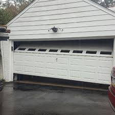 Emergency Garage Door Repair Service | Girard's Garage Door Service