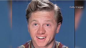 Mickey Rooney's widow contests late actor's will - CNN