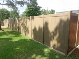 Future Outdoors Installs Vinyl Wood Grain Fences There Are Several Colors Natural Cedar Redwood Weathered Vinyl Fence Shade Structure Vinyl Privacy Fence