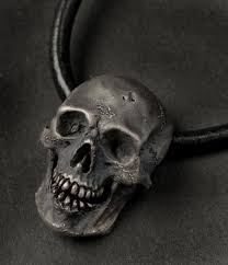 finish skull necklace silver skull