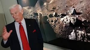 Funeral held for Gene Cernan, last man to walk on moon