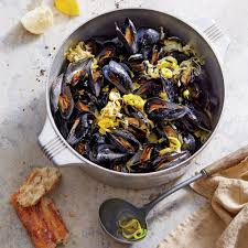 Mussels with White Wine and Leeks ...