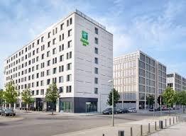 hotels near ostbahnhof station berlin