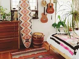 The Beach Themed Dorm Room Ideas That Give Major Cali Vibes