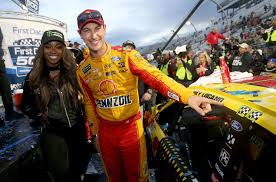 Kyle Busch Threw A Jab At Joey Logano On The Stage Logano Didn T Bite Racing News