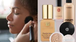 minimize large pores with foundation