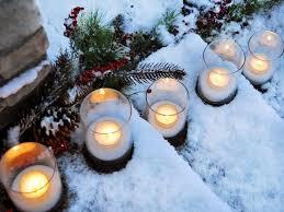 35 Crafty Outdoor Holiday Decorating Ideas Hgtv