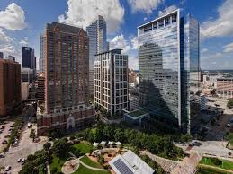 Jackson Walker inks big renewal in 5 Houston Center - Houston ...